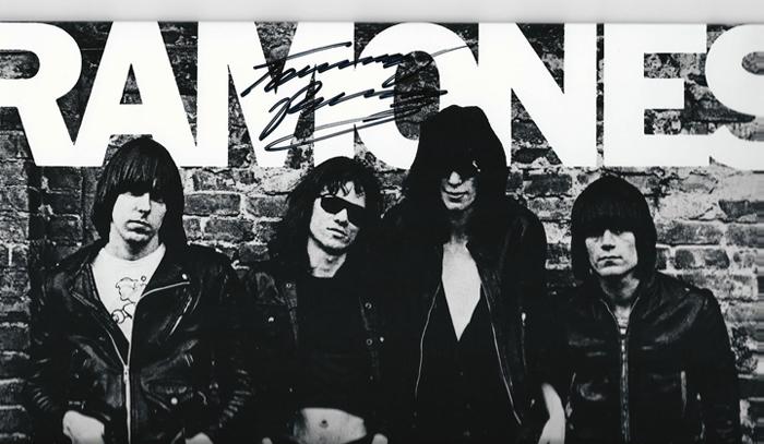 Ramones_sig
