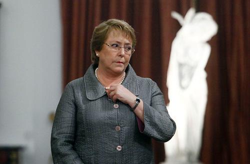 El estilo Bachelet detrás del acuerdo tributario