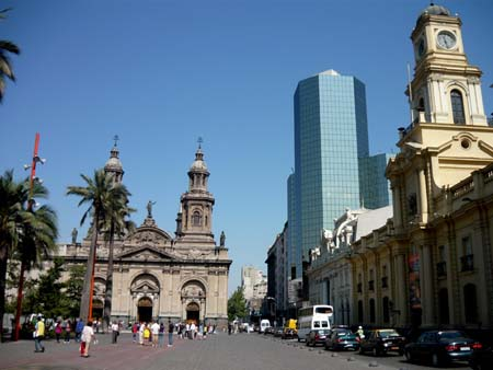 Ministerio de Transporte anuncia plan para descongestionar centro histórico de Santiago