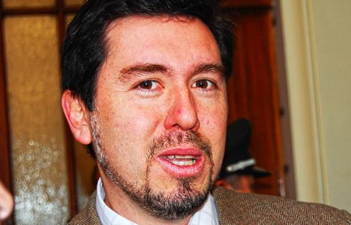 Revelan contrato que establece que abogados de comunidades podrían quedarse con 30% de indemnizaciones por Pascua Lama