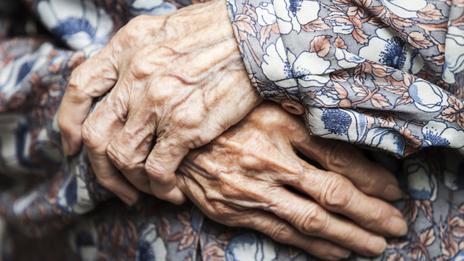 Un nuevo trato hacia las personas mayores