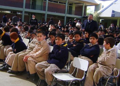 El flamante negocio de los sostenedores de colegios con las ATE y la Subvención Escolar Preferencial