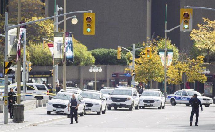Policía confirma la muerte de un soldado y de un sospechoso por ataque en Canadá