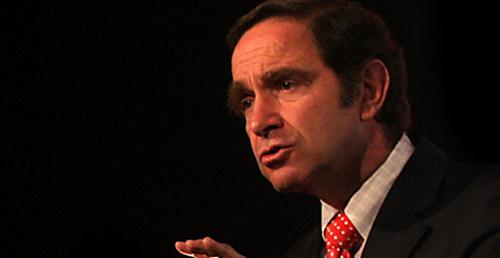 Las defensas morales del senador UDI Hernán Larraín