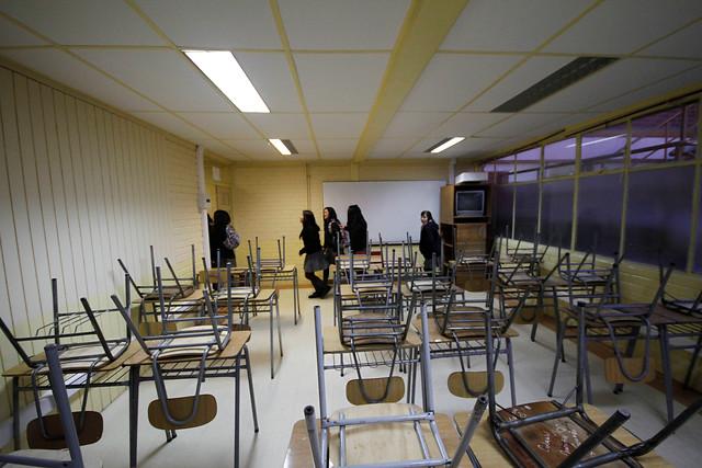 Sostenedores amenazan con cierre masivo de colegios y levantan campaña para boicotear la reforma educacional