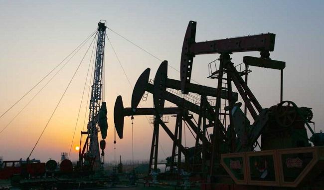 Petróleo a US$ 40 el barril resulta bendición para unos y maldición para otros
