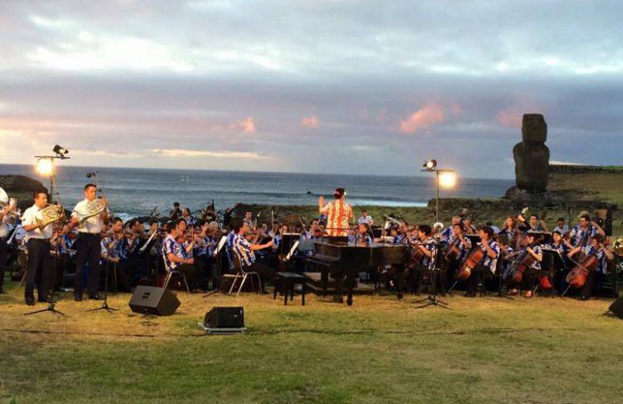 Más de 2 mil personas aplaudieron concierto sinfónico en Rapa Nui