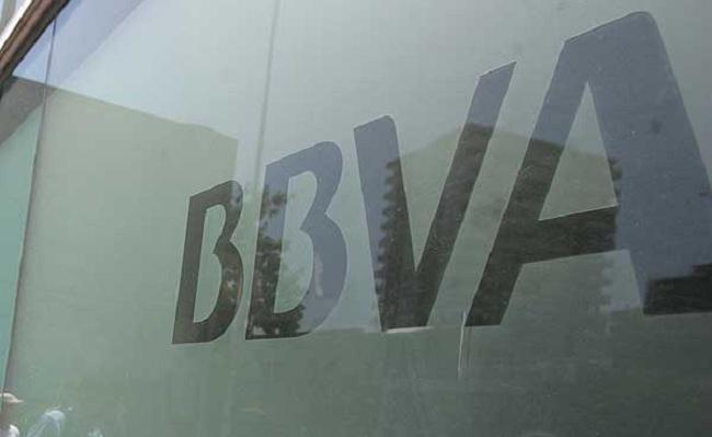 BBVA y Scotia ratifican negociaciones por activos en Chile en operación que reordenaría radicalmente industria bancaria