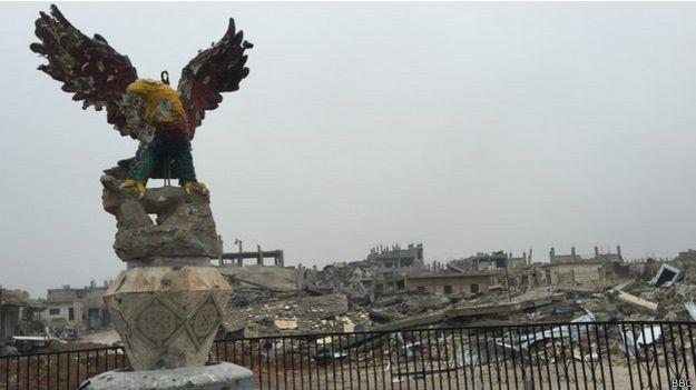 La brutal destrucción de Kobane tras el combate con el Estado Islámico