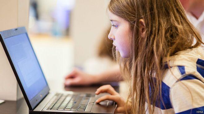 Niña de 7 años hackea una red wifi en 10 minutos