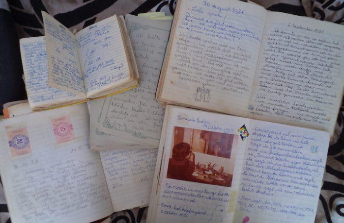 Publican libro que recopila diario de vida de una niña en el exilio