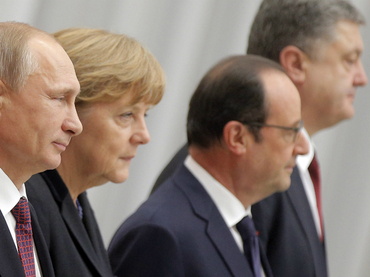 Paz con sabor a incertidumbre:  UE celebra acuerdo y EE.UU. advierte nueva