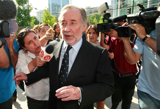 Defensa de Novoa no apelará por negativa a cambio de Tribunal y asegura que acción se leyó como una