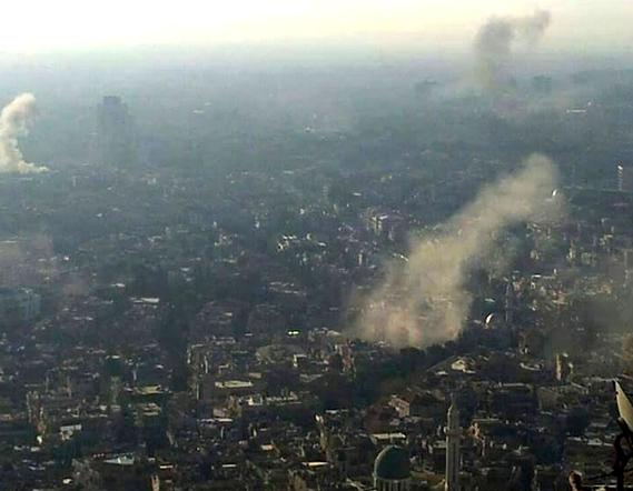 Al menos 42 muertos y 190 heridos por ataques en Damasco y su periferia
