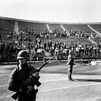 """Fútbol chileno y Dictadura: mucho más que el """"Estadio de Pinochet"""""""