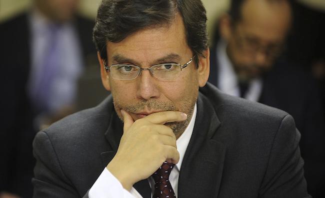 Alberto Arenas hace su retorno en sociedad en seminario de CEPAL y ministro Valdés lo destaca por su rol en Reforma Tributaria