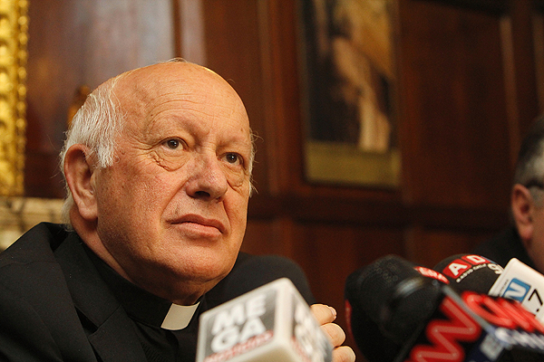 Otra más: la no renovación del académico Padre Costadoat