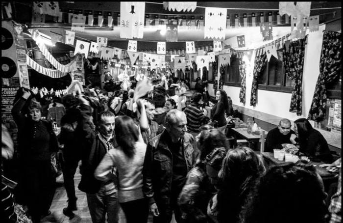 Club Matadero: La cueca insurgente que perdura en el barrio Franklin, entre matarifes y cuadrinos