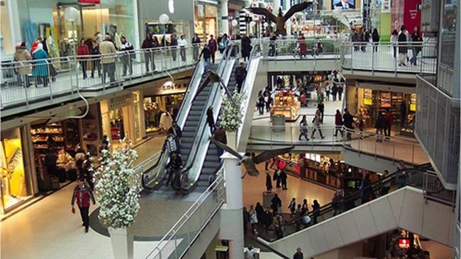 Consumo se acelera en noviembre de la mano de la mejora del empleo y se convierte en nueva fuente de presión alcista sobre el peso