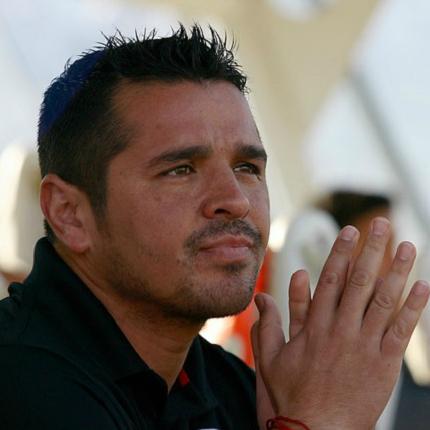 Sigue al mando: Marcelo Espina confirma a Héctor Tapia como DT de Colo Colo