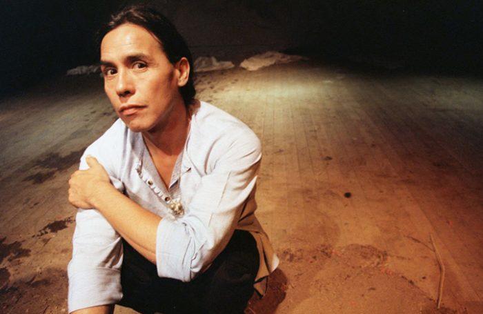 La crisis permanente del teatro chileno que el fallecido Andrés Pérez soñó erradicar