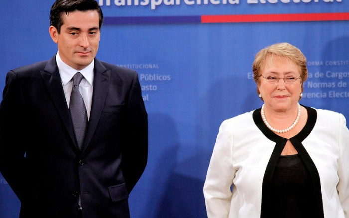 Peñailillo sí tuvo que responder preguntas sobre Bachelet ante la Fiscalía