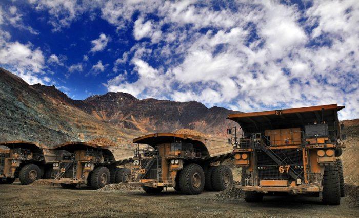 Balde de agua fría para la economía: Inversión proyectada para minería chilena en los próximos diez años cae 36%