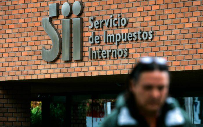 """La """"doctrina Escobar"""" que impera en el SII y que apunta a contener las investigaciones por platas políticas"""