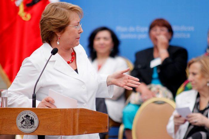 La Moneda aclara rol de Bachelet en el Caso Quemados: sí estuvo en la Posta como médico de la ONG donde trabajaba