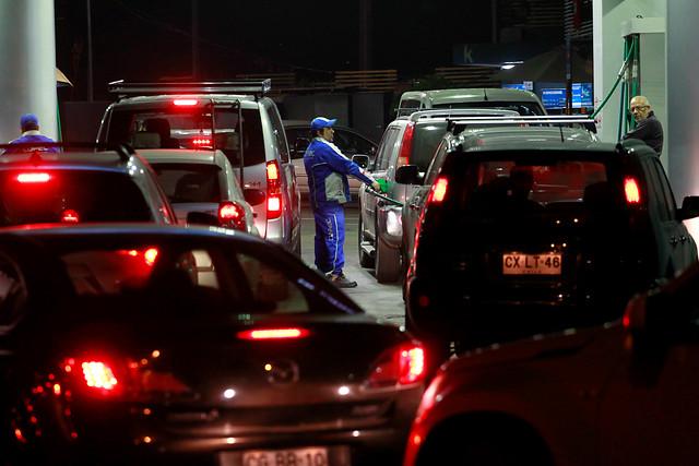 Sicosis en el barrio alto por falsa alarma de desabastecimiento de bencineras