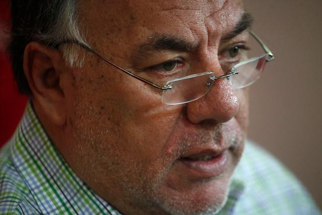Andrade aterriza 'realismo sin renuncia':