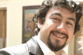 Nuevo golpe a la G90: Harold Correa deja jefatura del gabinete de Educación
