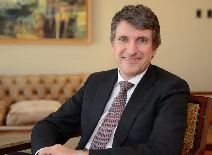 Enersis ofrece tregua a AFP: reorganización pasará por Comité de Directores y podrán contratar sus propios asesores