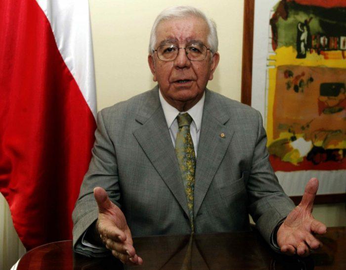 Diputados piden salida de embajador en Paraguay por nexos con SQM