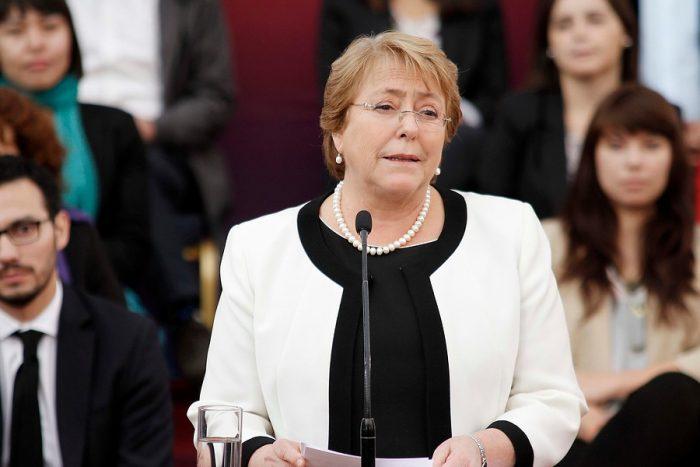 Bachelet pide a quienes tengan información de casos de DD.HH.