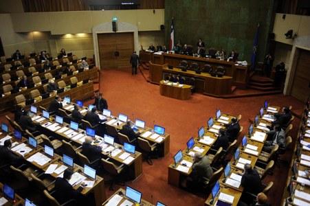 Duro golpe al proyecto de fortalecimiento de la democracia: Diputados rechazan dar a conocer aportes reservados en campañas