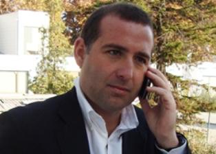 Asesor histórico de Enríquez Ominami deja el equipo en medio de su relación con boletas a SQM