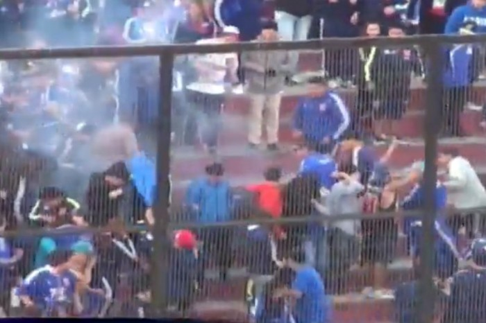Violencia en los estadios: Fiscalía logra condena de cárcel para responsable de bomba de ruido que amputó el pie de un hincha