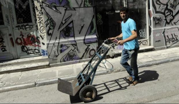Grecia: 9 gráficos que muestran cuánto afecta la crisis a los ciudadanos