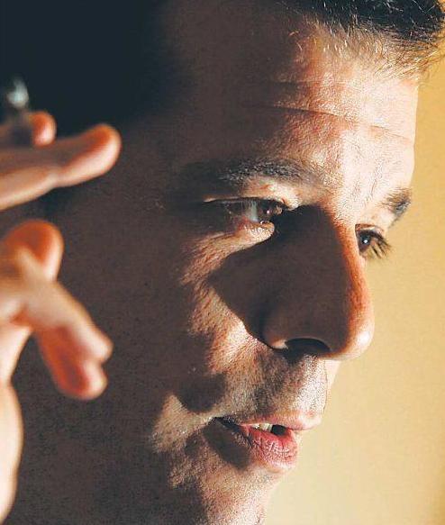 Jorge Navarrete acusa de incoherencia al Frente Amplio: