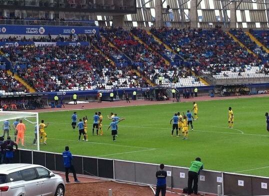 """No eran tan santos: Uruguay hizo la """"Gran Jara"""" en su debut de la Copa América"""