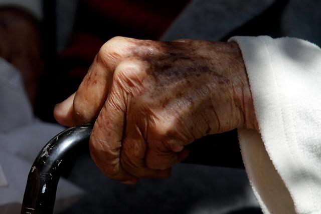 La polémica hipoteca de los viejos y la precariedad de las jubilaciones en Chile