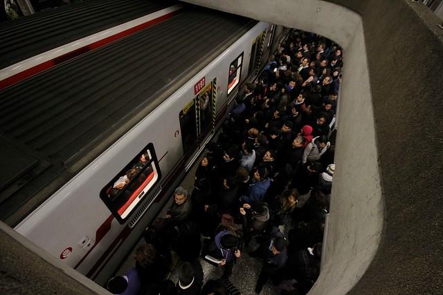 Más de 400 tarjetas Bip! recibirán abono por suspensión del servicio de Metro