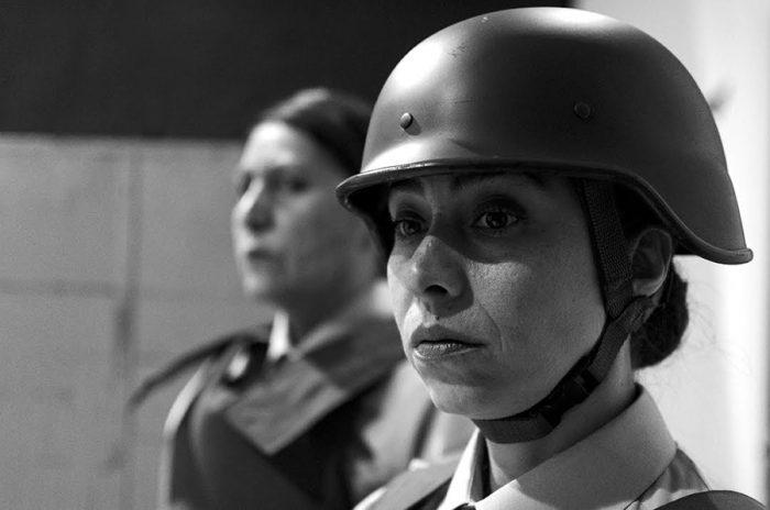 """""""Por la razón o la fuerza"""": El conflicto estudiantil a escena"""