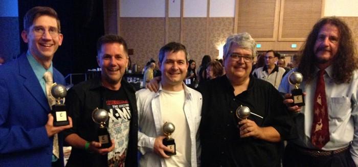 """Eric Shanower (guionista de NEMO), Chris Ryall (editor), Gabriel Rodríguez (dibujante), Scott Dunbier (editor) y Dean Mullaney (editor). Chris recibió un Eisner honorario para el autor John Byrne, Scott gano un Eisner por el libro """"Steranko's Nick Fury, Agent of Shield Artist's Edition"""", y Dean gano un Eisner por editar """"Alex Toth: Genius Animated""""."""