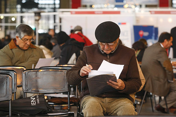 Diputado RN ingresó proyecto que iguala pensiones básicas al sueldo mínimo