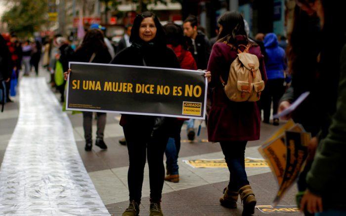 Abogadas feminista condenan violencia machista y falta de asistencia oportuna contra mujer en Valparaíso