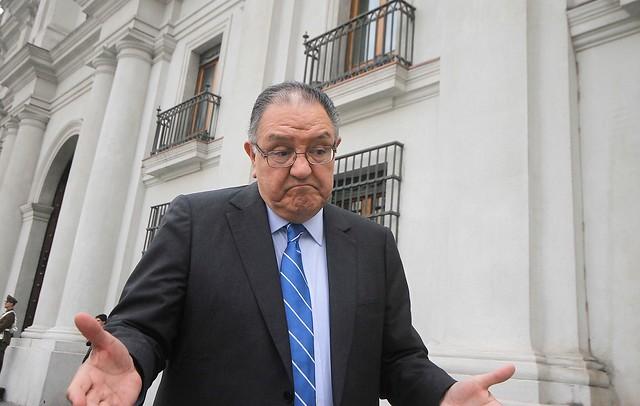 """Huenchumilla en picada contra la carta de la ex Concertación: """"La misma política de los acuerdos de los 90 no sirve"""""""