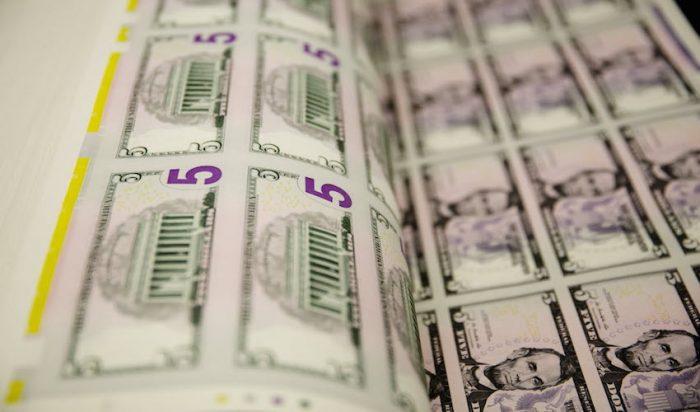 Este año se han hecho fortunas con bonos de tasa casi cero