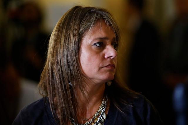Movilh denuncia que senadora Van Rysselberghe discrimina a niños transexuales